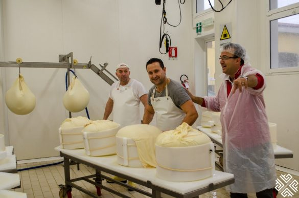 Bologna Tours: Food and Ferrari Tour