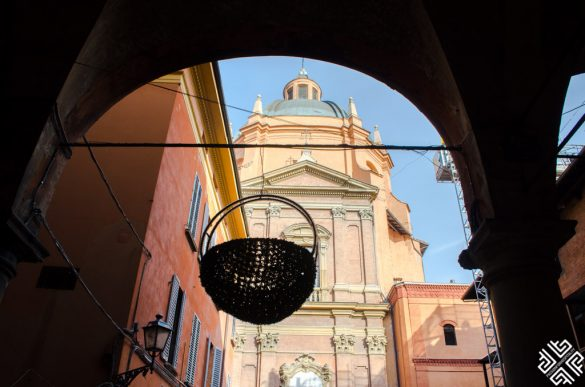 Bologna Food Walking Tour with Amazing Italy