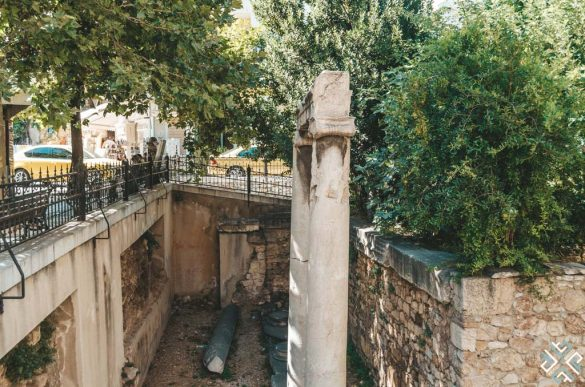 Life & Death in Ancient Greece: Walking Tour in Athens with Greek TravelTellers